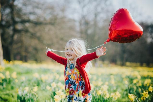 Child spring photoshoot sefton park Liverpool