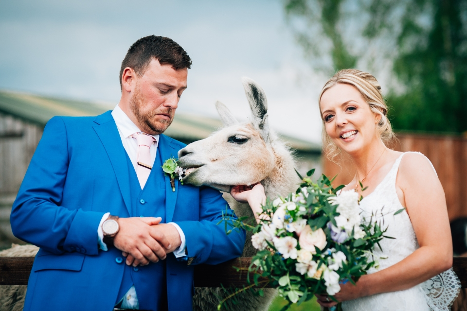 Skipbridge farm wedding photography. York wedding photographer
