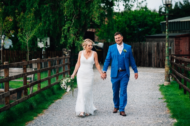 Skipbridge Farm wedding photography - wedding photographer Cheshire, North West